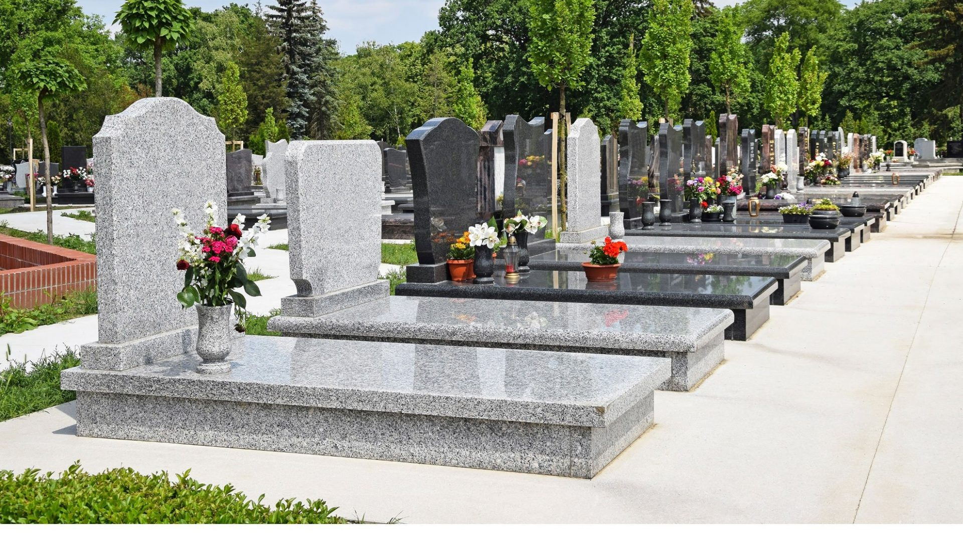 monuments funéraires FUNECAP GROUPE cimetière sépulture pierre tombale